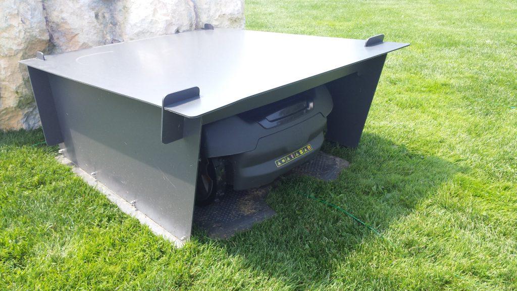 Rasenroboter-Garage-idea-automower450