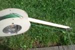 Verlegehilfe für Rasenroboter Installation