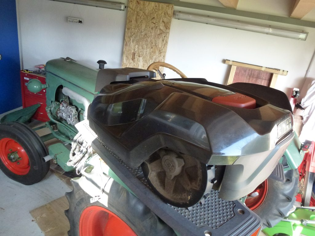 Wandhalter-Scharpf-Traktor-Oldtimer