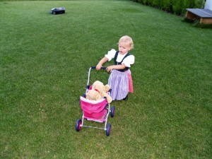Automower mit Kind