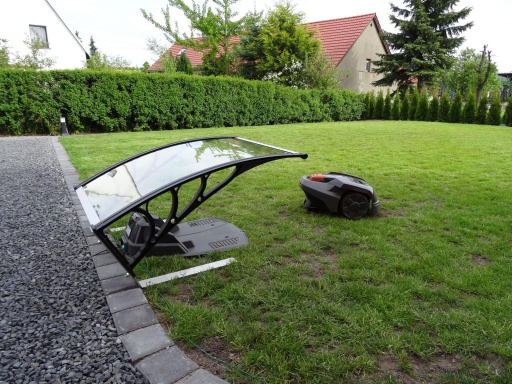 Automower-Garage Dach befestigen 2