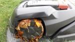 Automower-305-Laub-Vorderraeder