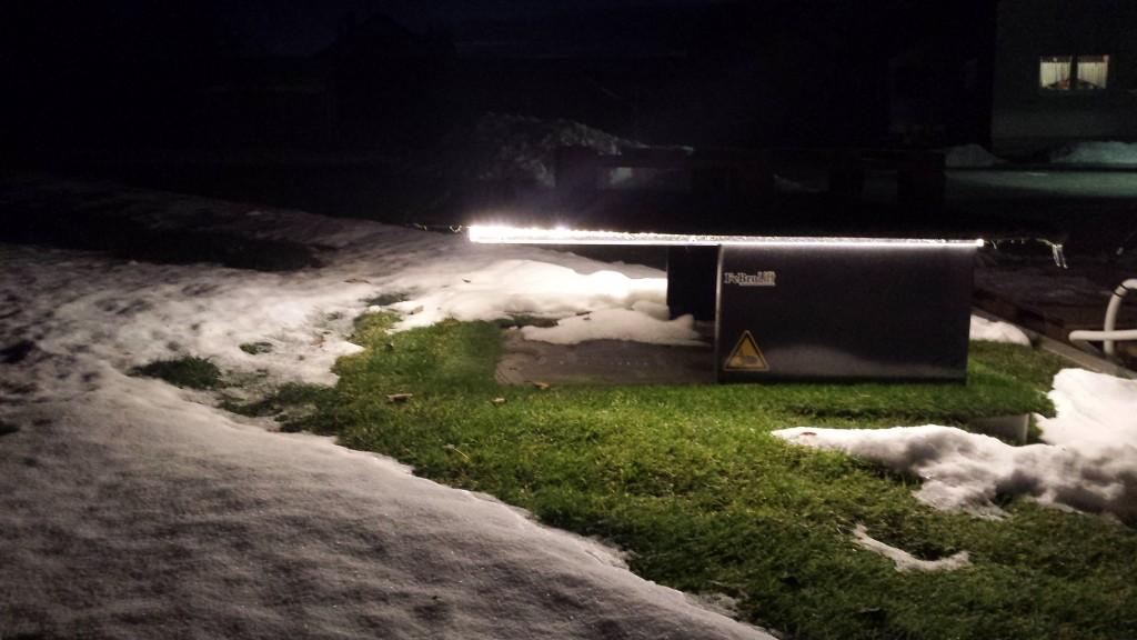 Maehroboter-Tiefgarage-Schnee