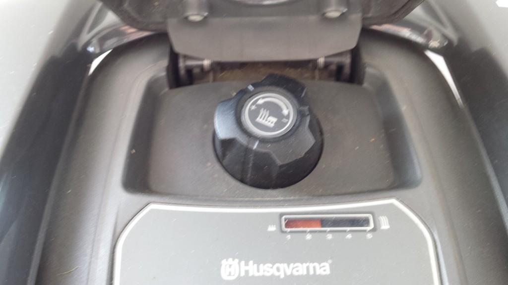 Automower-105-Schnitthoehenverstellung