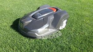 automower-420-mit-gehaeuseschutz