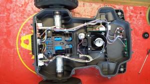 automower-450x-von-oben-ohne-abdeckung