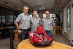 Rasenroboter-Haendler-Treff-Team