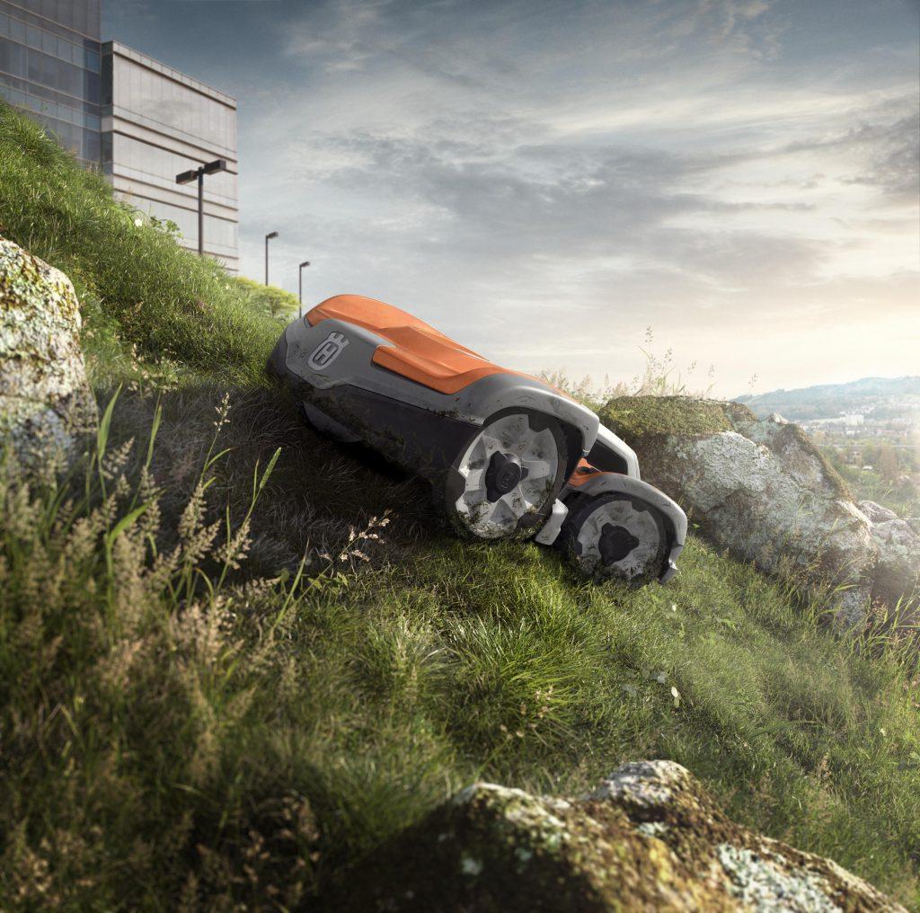 Automower 535 AWD im Berg
